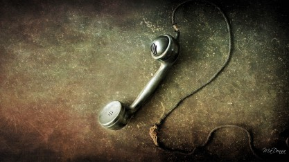 can-you-hear-me-now-antique-firefox-persona-grunge-old-old-fashioned-telephone-vintage-1440x2560